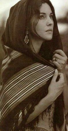 monica bellucci image                                                       …