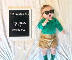 #baby #5monthold #5monthphoto #monthlypicture #letterboard #babyletterboard #babymonthbymonth Two Month Old Baby, 3 Month Old Baby Pictures, Monthly Baby Photos, Baby Boy Pictures, Baby Month By Month, Milestone Pictures, Monthly Pictures, 5 Month Baby Milestones, Baby Captions