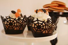 Halloween Cupcakes Cupcakes by TasteeTreats4U, Styled by Mon Tresor