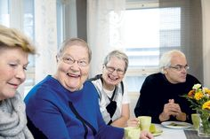 #Seniorielämää Eloisa-kodissa:. Eloisa-kodin asukkaita. #seniorikoti #senioriasunto