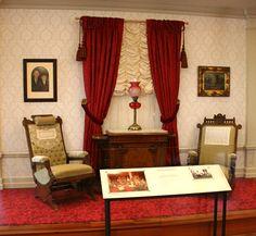 Original furniture in Walt Disney's Disneyland apartment
