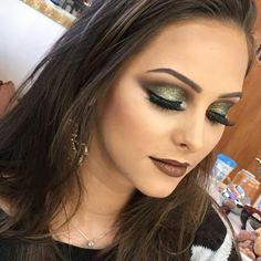 Delicada e perfeitinha  Batom Lançamento Merida Fand Makeup  @tamyabreeeu _____ Delicate and perfect  Brand new lipstick, Merida by Fand Makeup  @tamyabreeeu