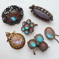 different types of saphiret  #vintagejewellery #saphiret #artdeco #antique…