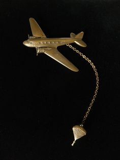 VINTAGE WWII U S ARMY AIRBORNE PARATROOPER AIRPLANE SWEETHEART DOUBLE BROOCH PIN #Unbranded
