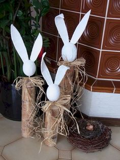 easter decorations 378724649916119130 - 42 Stunning Easter Decorations Ideas 36 Source by elisabethbollig Easter Projects, Easter Crafts, Easter Ideas, Happy Easter, Easter Bunny, Felt Bunny, Spring Decoration, Easter Parade, Welcome Spring
