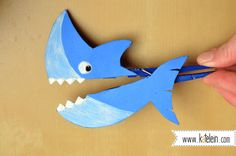clothespin shark diy animal by katelein - Wäscheklammern Tier Haifisch Hai