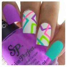 55 Abstract Nail Art Ideas 70 trendy nail Art ideas for summer 2015 - Nail Designs Neon Nails, Love Nails, Diy Nails, How To Do Nails, Matte Nails, Acrylic Nails, Neon Nail Art, Bright Nail Art, Bright Summer Nails