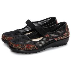 Laege Size Mesh Breathable Flower Printing Wedge Heel Loafers is cheap and comfortable. There are other cheap women flats and loafers online Mobile. Heeled Loafers, Loafer Flats, Flower Shoes, Loafers Online, Fashion Flats, Types Of Shoes, Womens Flats, Wedge Heels, Latest Fashion Trends
