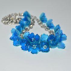 Luční kvítí - náhrdelník z PET lahví. Více zde: https://www.facebook.com/VeraBelinovaSperky/?ref=bookmarks