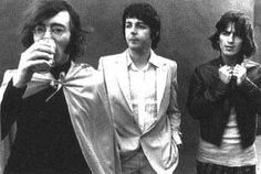 1968 - John Lennon, Paul McCartney and George Harrison, Mad Day Out, 28th July.