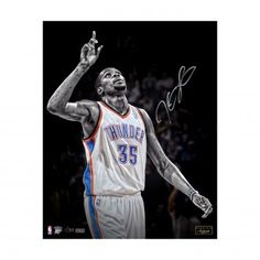 """KEVIN DURANT Autographed 16x20 """"Moment of Thanks"""" Photograph Unframed PANINI LE…"""