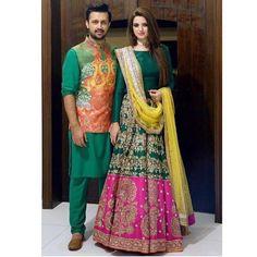 Latest bridal mehndi dresses 2016 for Pakistani Bridal Mehndi Dresses, Mehendi Outfits, Pakistani Wedding Outfits, Bridal Outfits, Pakistani Dresses, Indian Dresses, Indian Outfits, Pakistani Mehndi Dress, Wedding Lehnga