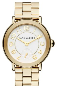 Staying gold with this simple, yet chic watch from Marc Jacobs that's perfect for everyday wear.