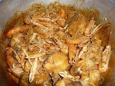 poulet+aux+langoustines Shrimp, Chicken, Food, White Wine Chicken, Tomato Paste, Chicken Legs, Fennel, Recipies, Essen