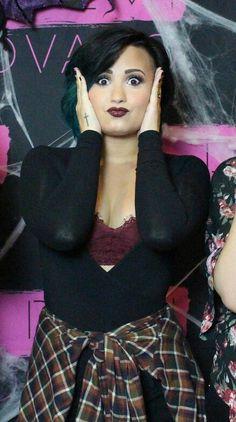 Demi Lovato at her meet & greet in Hamilton, Canada - October 20th