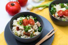 Perfektné tofu rizoto s parmezánom, sušenými paradajkami a cuketou - FitRecepty Tofu, Tempeh, No Cook Meals, Cobb Salad, Potato Salad, Healthy Recipes, Healthy Meals, Food And Drink, Low Carb