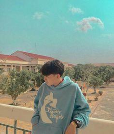 Korean Boys Ulzzang, Cute Korean Boys, Ulzzang Girl, Iphone Wallpaper Grunge, Boys Wallpaper, Cute Boy Photo, Bad Boy Aesthetic, Fake Pictures, Cute Boys Images