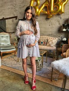 Tara Ruffle MOM Dress - 61 Ideas for baby shower outfit for mom maternity winter - Maternity Dresses For Baby Shower, Spring Maternity, Cute Maternity Outfits, Stylish Maternity, Pregnancy Outfits, Mom Outfits, Maternity Wear, Baby Shower Outfits, Celebrity Maternity Fashion