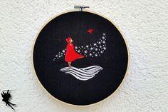 Sehnsucht  Wanddeko Leinenbild Stickrahmenbild von DieNaehfeeNoir