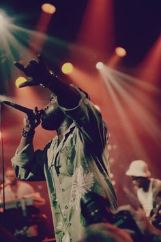 Black Thought - The Roots. My favorite! <3