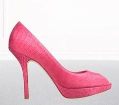 Zapatos de pitón en tono rosa fucsia