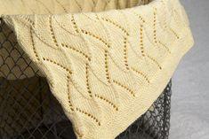 Babytæppe – Strik et skønt tæppe til Baby Blanket, Blankets, Threading, Cover, Sweater Blanket, Quilt