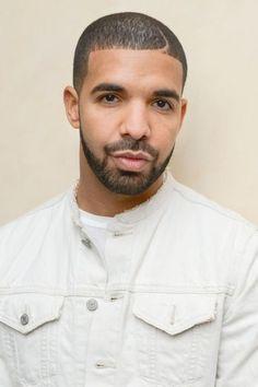 Drake Posts Emotional Open Letter About Alton Sterling Shooting Old Drake, Drake Ovo, Drake Wallpapers, Drake Drizzy, Drake Graham, Aubrey Drake, Octobers Very Own, Drake Quotes, Celebs