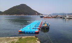Boat Dock for small boat in Tongyoung, Korea. 대한민국 통영에 설치된 소형 계류장 시설로 그 활용도가 우수합니다.