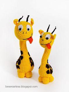 The giraffe amigurumi is so cutelove it!! :)
