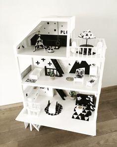 Modern Dollhouse – kijkje in de huisjes van Sabine