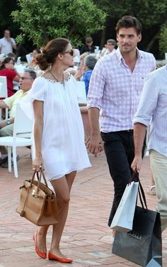 Love the white dress with the red flats
