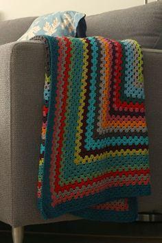 little Z handmade: Gratis patroon: Granny square plaid begint met een rechthoek!