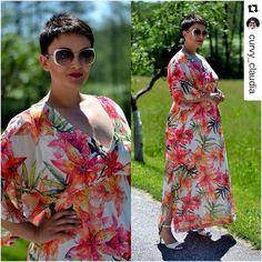 "#Repost @curvy_claudia ・・・ New blog post!  ""Tropical Flower"" maxi dress [code: 651.7246] #matfashion #realsize #fashionblogger #plussizefashion"
