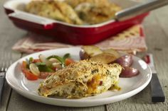 Bacon & Cheese Stuffed Chicken Breast - My Food and Family Chicken Breast With Bacon, Chicken Breasts, Healthy Dinner Recipes, Cooking Recipes, Keto Recipes, Cheese Stuffed Chicken, Breast Recipe, Kraft Recipes, Chicken Recipes