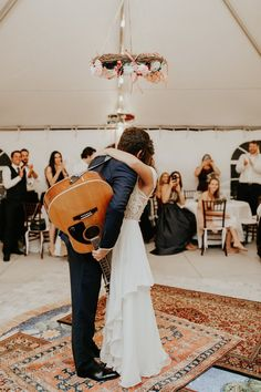 Beach Wedding Photos This wedding is full of heartfelt magical moments like this performance from the groom as he sings to his bride Wedding Songs, Wedding Tips, Wedding Bells, Wedding Photos, Wedding Planning, Guitar Wedding, Wedding Posing, Wedding Programs, Wedding Invitations