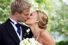 Bröllop Ekenäs   BRÖLLOP Couple Photos, Couples, Wedding Dresses, Photography, Fashion, Couple Shots, Bride Dresses, Moda, Bridal Gowns