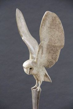 """""""Breaking Dawn"""" by Carl Longworth The topics in This Requirement with Bronze sculpture emerged at Art Sculpture, Animal Sculptures, Ceramic Animals, Ceramic Art, Owl Art, Bird Art, Equine Art, Pottery Art, Metal Art"""