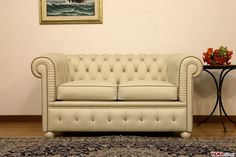 Divano Chesterfield piccolo Chesterino - VAMA Divani Tufted Sofa, Chesterfield Chair, Accent Chairs, Couch, Furniture, Home Decor, Outdoor, Collection, Houses