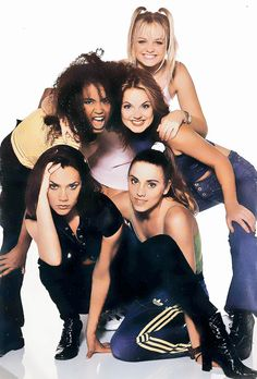 Spice Girls (@SpiceGirlsNet) | Twitter Spice Girls Fancy Dress, Spice Girls Quotes, 90s Fashion, Retro Fashion, Victoria And David, Geri Halliwell, Girls Rules, Girls World, Girl Bands