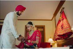 Gorgeous Bride Getting Ready Photos Every Bride Must Get Clicked! Punjabi Couple, Punjabi Bride, Punjabi Wedding, Bride Groom Photos, Indian Bride And Groom, Wedding Trends, Wedding Tips, Wedding Album, Wedding Couples
