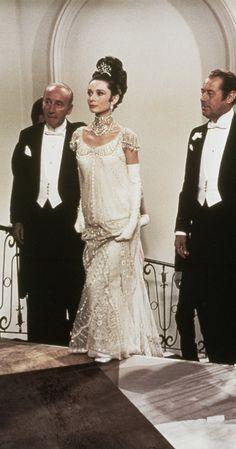 Still of Audrey Hepburn and Rex Harrison in My Fair Lady (1964)
