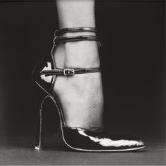 "ROBERT MAPPLETHORPE, SHOE (MELODY) 1987: ""mapplethorpe's search for the 'perfect image' is especially foregrounded in his fetishist depictions of models and accessories such as 'ken moody', 'melody/shoe' and 'hands'."""