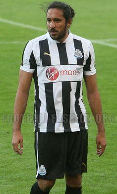 Gutierrez in the pres-season draw with ADO Den Haag. Newcastle United Football, Premier League Teams, Black N White, Sport Man, Army, 4 Life, Den, Sports, Black White