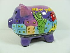 """Collectible Ceramic NEW YORK Souvenir Painted Piggy Bank - 4"""" Tall by 5 1/2"""""""