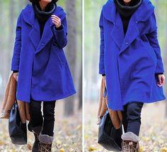 Abrigo de invierno de capa con capucha de lana azul por MaLieb