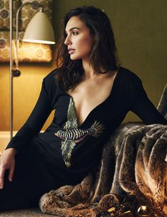 Gal Gadot is 30 years old inside her age and she's also dictated as a style model. If you're tall and skinny like Gal Gadot you've got a great deal of potential to appear attractive by abiding by the most suitable dress style tips. Wonder Woman Film, Gal Gadot Wonder Woman, Wonder Women, Beautiful People, Most Beautiful, Beautiful Women, Beautiful Celebrities, Absolutely Stunning, Gal Gabot