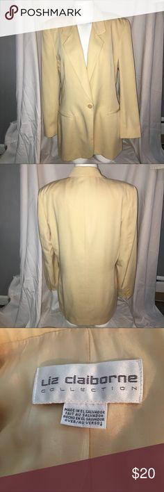 Liz Claiborne yellow blazer size 8 (D-15) Liz Claiborne yellow blazer. Women's size 8. Gently worn, without flaws Liz Claiborne Jackets & Coats Blazers