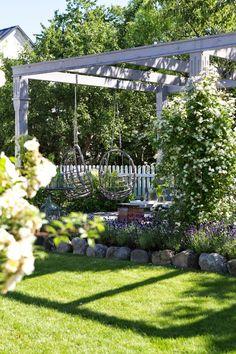 Bildresultat för pergola trädgård