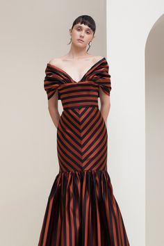 SPONSORED: Sandra Mansour Spring 2020 Ready-to-Wear Fashion Show Collection: See the complete Sandra Mansour Spring 2020 Ready-to-Wear collection. Look 14 Fashion 2020, High Fashion, Laura Lee, Striped Fabrics, Fashion Show Collection, Vogue Paris, Mannequins, Wedding Dress, Passion For Fashion