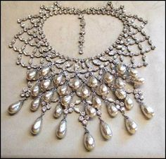 Vintage 1940s/1950s Schreiner Christian Dior Pearl and Crystal Bib Necklace Set